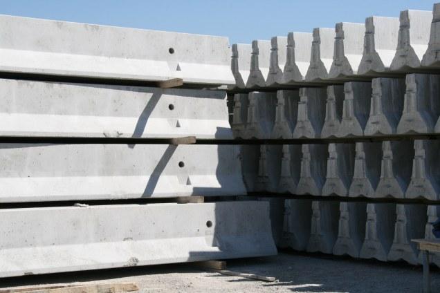 Concrete jersey barriers harper precast